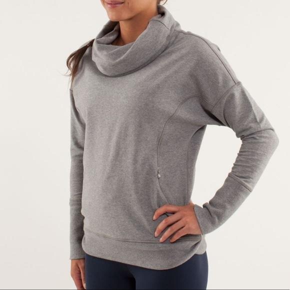 Lululemon // Rest Day Pullover Size 6